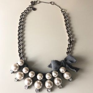 J CREW STATEMENT STARBURST PEARL BOW NECKLACE